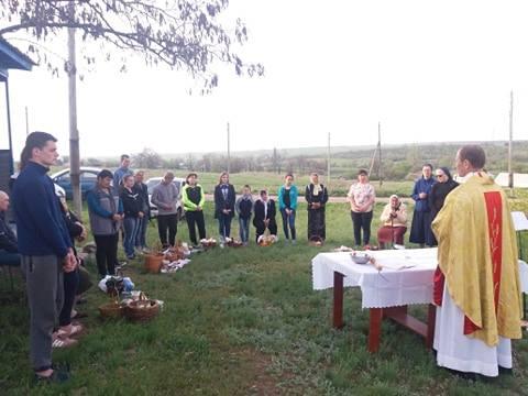 Великдень там, де війна, сила молитви, допомога потребуючим, рух пролайферів (Дайджест ХСП)