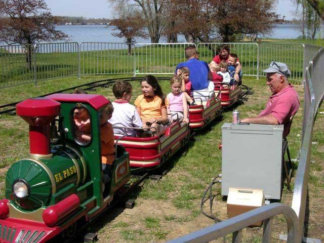 Kids Train Ride Campbell River Salmon Festival