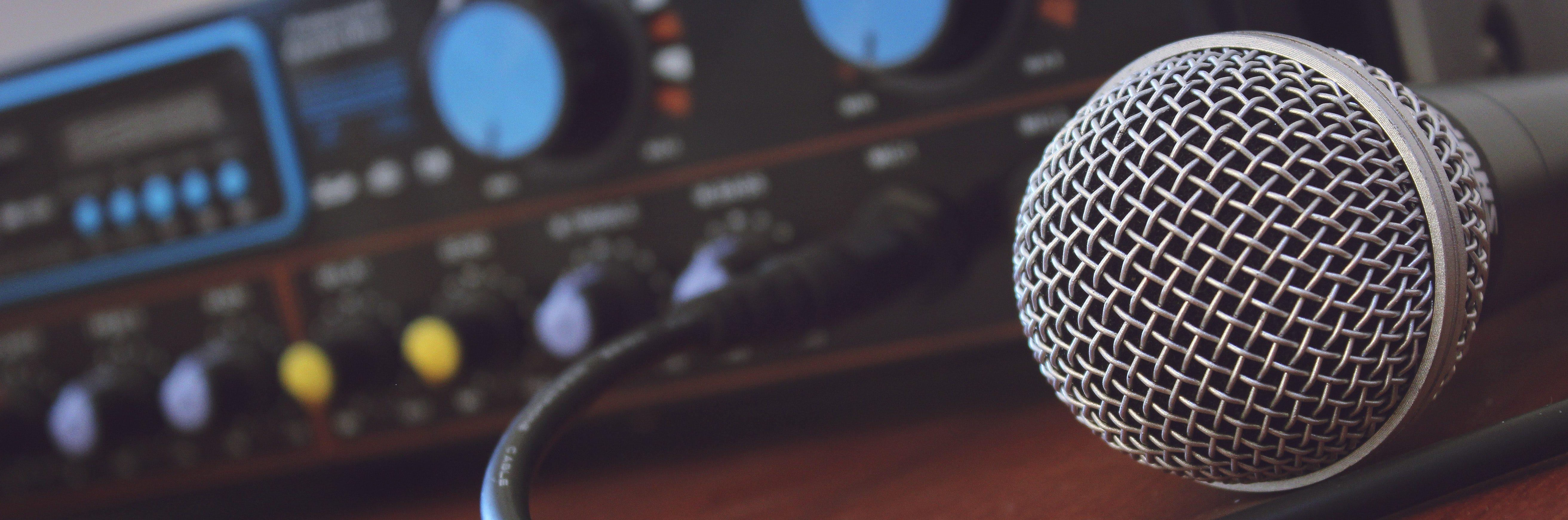 audio-visual microphone