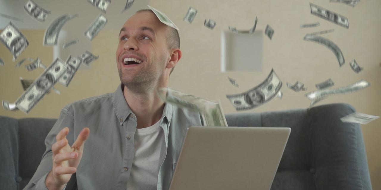 HOW TO MAKE $4.5 MILLION DOLLARS ON SELLING