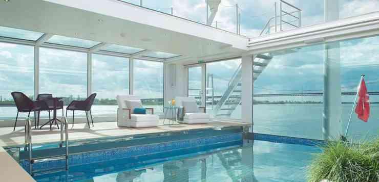 Emerald Waterways - Onboard Pool