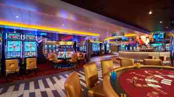 Carnival Horizon Casino Bar