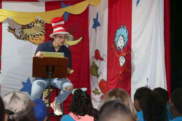 Young Cruisers On Carnival Cruise Line This Summer Read An Astonishing 213 Million Dr. Seuss Words   26