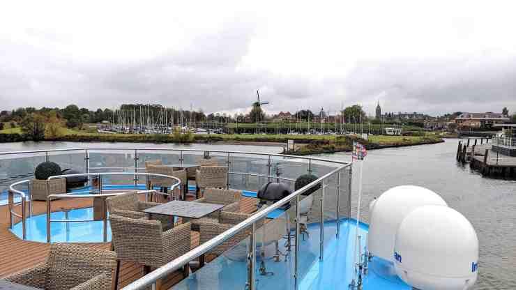 AmaPrima sailing the Dutch Waterways
