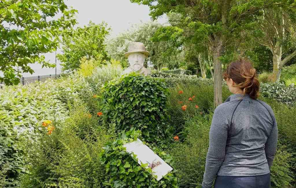 Garden of Personalities in Honfleur