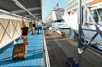 boarding-a-cruiseship-400x266.jpg
