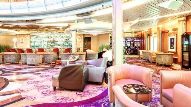 marella cruises discovery atrium bar