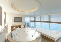 owner's suite whirlpool