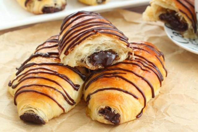 chocolate-croissant