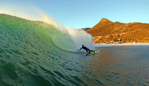 cape_town_surfing