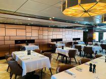 cagney's is norwegian jade's steakhouse