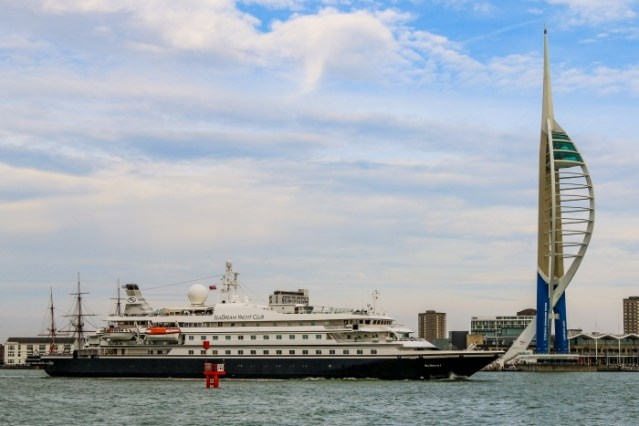 portsmouth seadream ns 2020 700x467 1