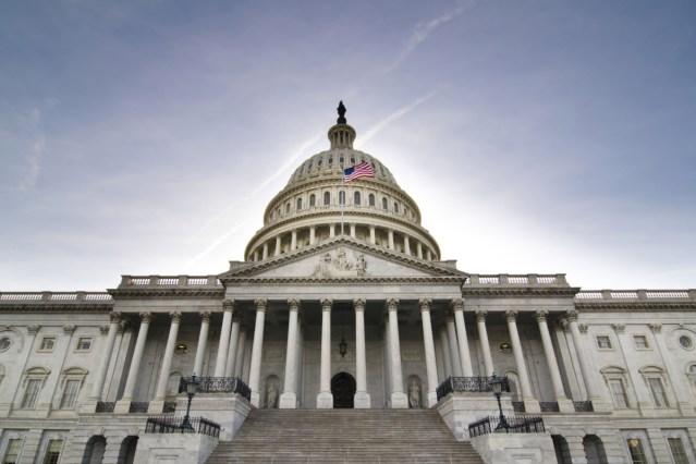 congress blocks american cruise restart
