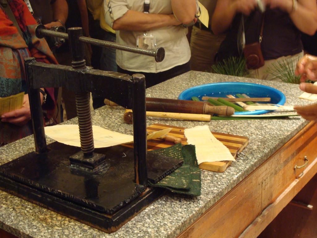 Werkzeuge zur Herstellung von Papyrus
