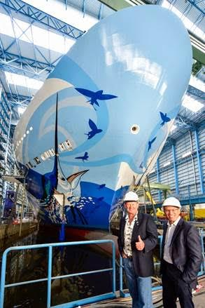 Guy Harvey and NCL's Andy Stuart