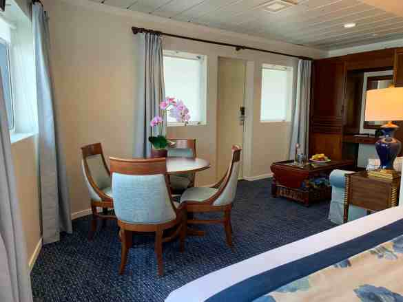 MV Victory II - Category OS (Owners Suite) Cabin