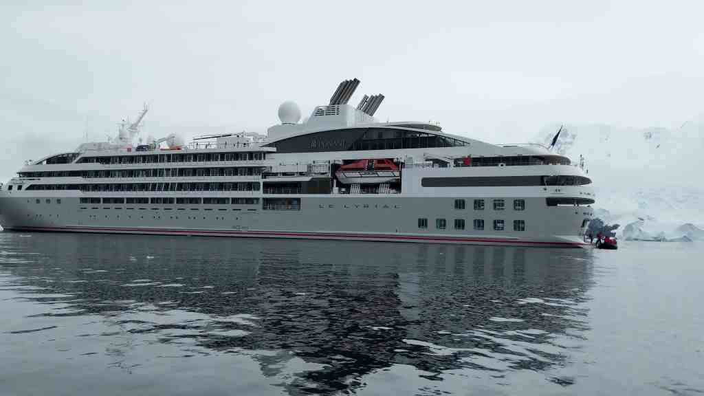 5 Reasons to Take an Expedition Cruise to Antarctica | 22
