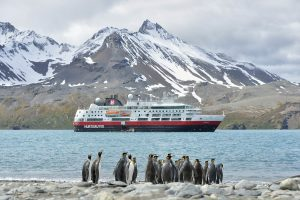 Cruise Line Offering Free Flights on Cruises to Antarctica