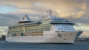 Cruise Port Reopens for Cruises After Closing Due to Fog