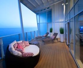 Sky Loft Suite w/Balcony