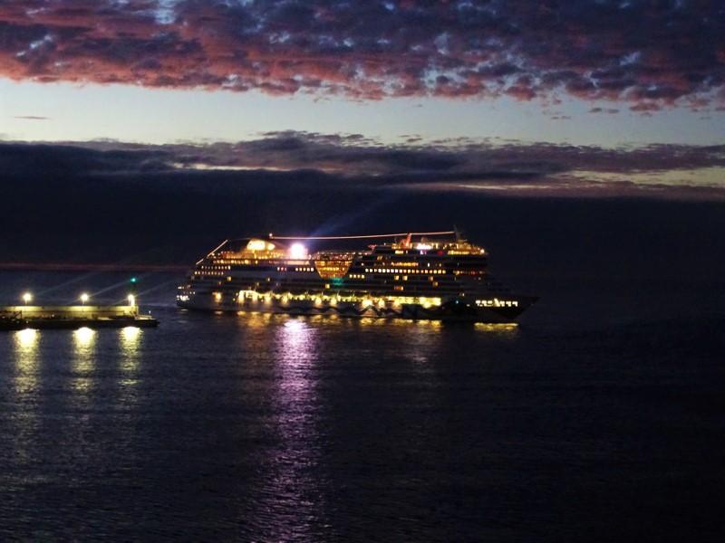 AIDAstella-Arrecife-2018-12-13-... MS AIDAstella