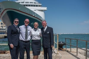 Captains-in-Cadiz-Captains-low-res-300x200 Captains in Cadiz – Treffen der Fred. Olsen Cruise Lines-Flotte