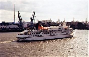 Hapag-Lloyd-Bremen-1 MS BREMEN