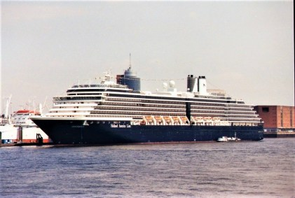 Holland-America-Oosterdam-8 MS OOSTERDAM