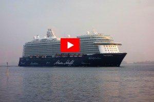 Mein-Schiff-6-1-300x200 Mein Schiff 6 – Erstanlauf Hamburg