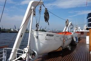 Nordstjernen-Rettungsboot-300x200 Besuch auf der NORDSTJERNEN