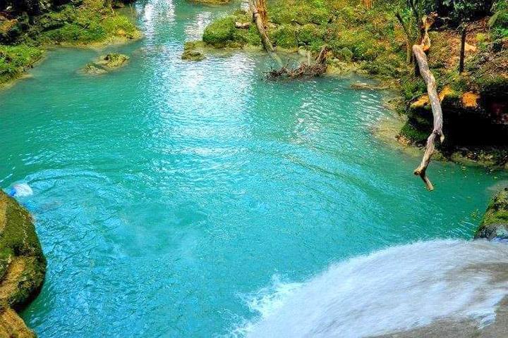 Cool Blue Hole