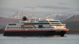 トロルフィヨルド(Trollfjord)