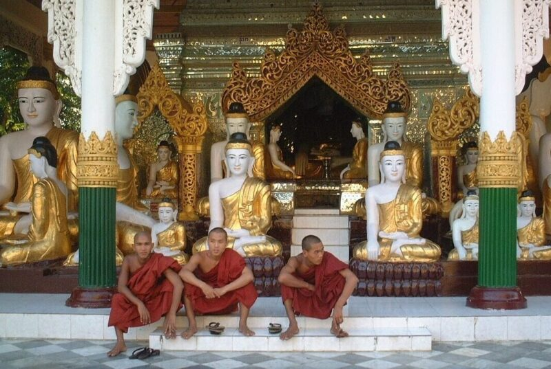 Shwedagon Pagode tempelkomplekset i Yangon, Myanmar