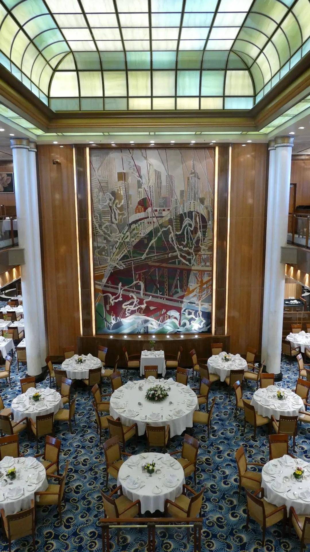 The Britannia Restaurant on Queen Mary 2