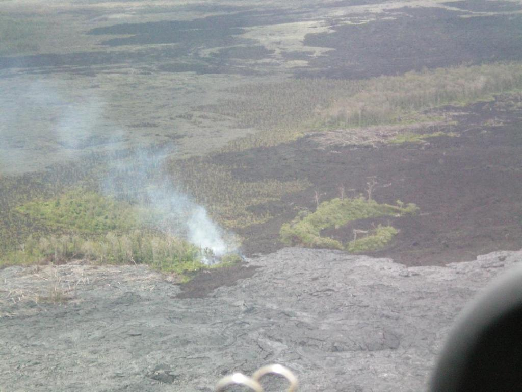 Hawaii helicopter tour lava