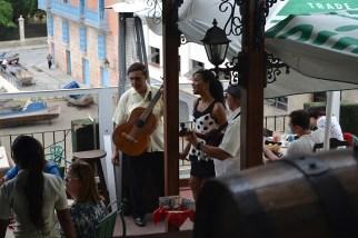 Musicians at La Moneda