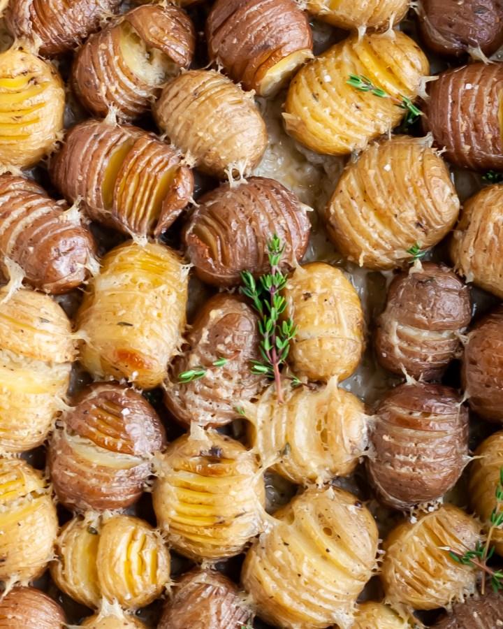 Vegan Garlic and Thyme Scalloped Hasselback Baby Potatoes close up