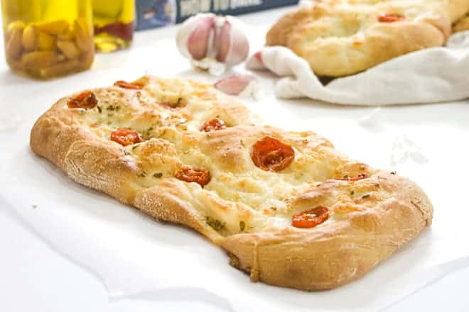 Crumbs & Corkscrews - How to Bake by Paul Hollywood - Review - Tomato and Mozzarella Bread