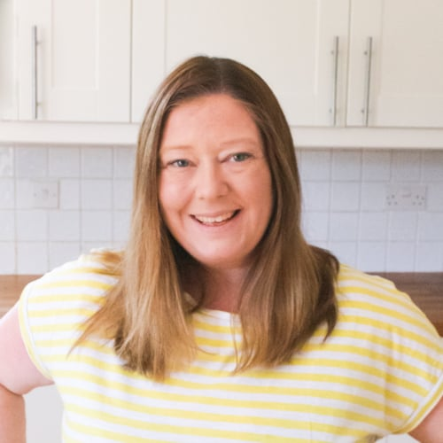 Louise Carruthers, Dessert Obsessed Food Blogger, Crumbs and Corkscrews
