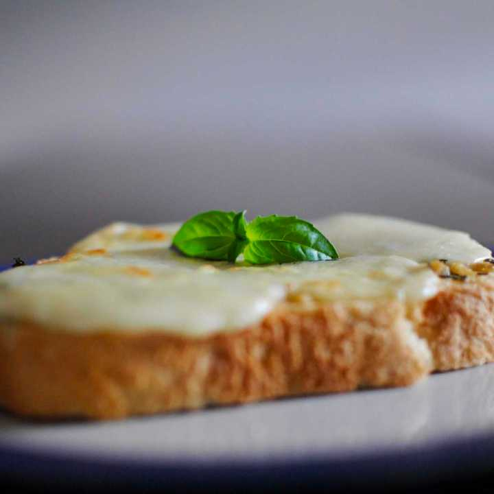 Cheesy Garlic & Herb Toast