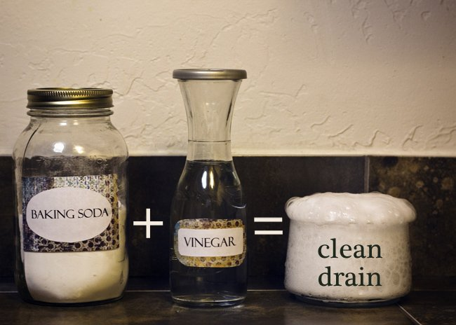 drain with baking soda and vinegar