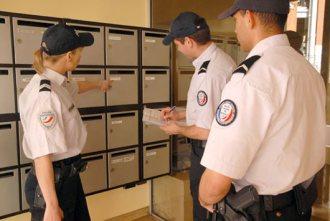 3 policiers municipaux
