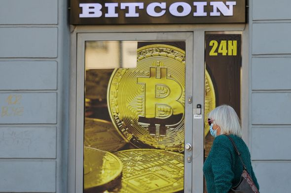 Bitcoin exchange shop