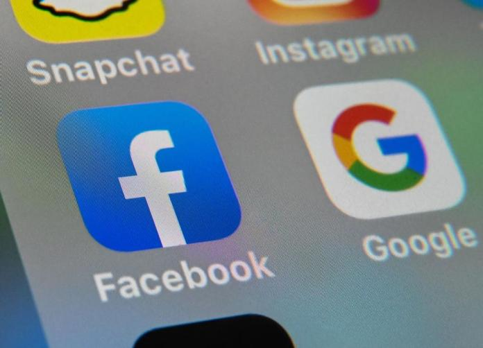 Facebook, social media, cryptocurrency, chainlink, image