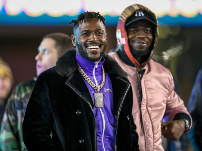Signing Antonio Brown Is the Possibility Every Single NFL Group Would possibly well silent Opt
