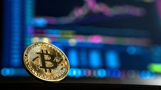 Bitcoin Price Is Likely To Continue Higher In The Coming Sessions - Towards $7K And $7.2K
