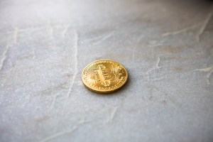 Bitcoin (BTC) Falls Under $3,900, Crypto Exchange CEO Unfazed