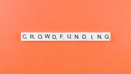 Crowdfunding explained : The Complete Guide