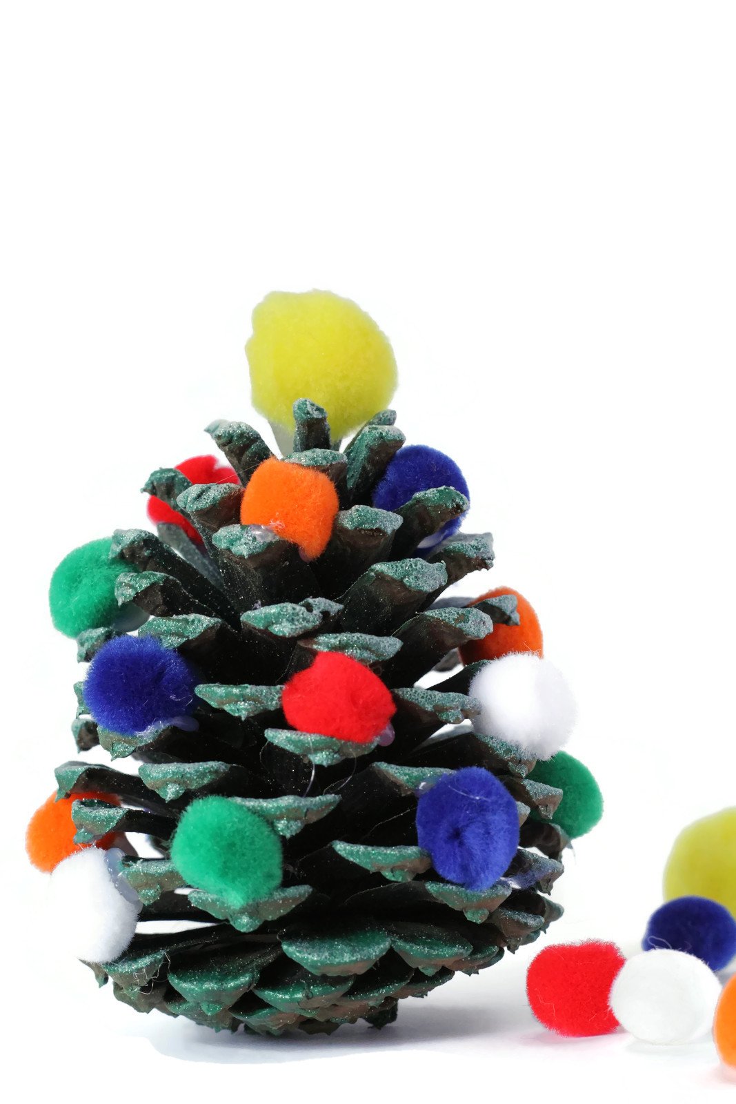 Pine Cone Christmas Tree Activity For Kids