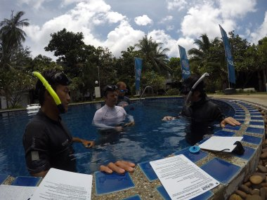 Freediving instructor course (pool skills)